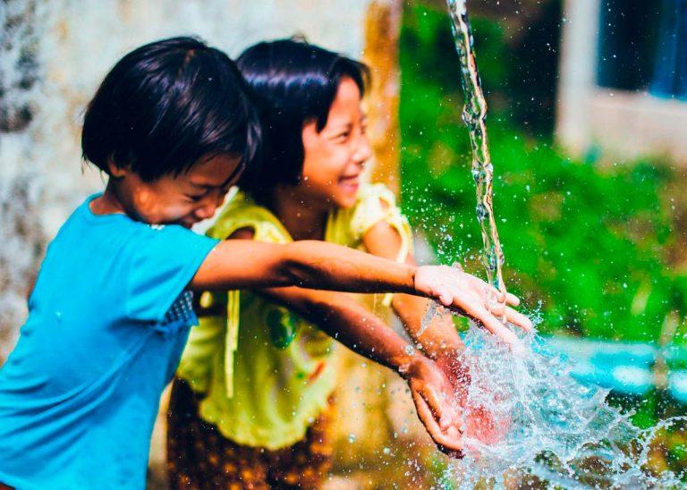 La infancia es un regalo, si lo hacemos posible