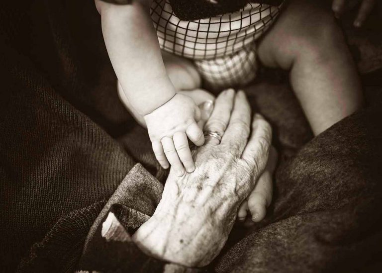 Descubre cómo influyen tus ancestros en tu presente